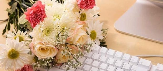 Surprise Your Loved Ones with Flowers Delivered At Their Home